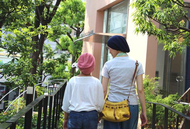 帽子を使った親子コーデ